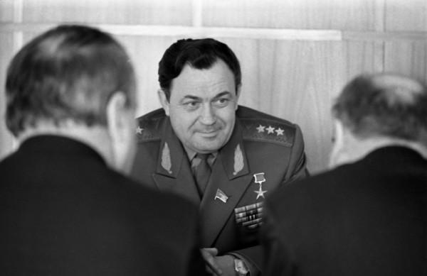 Борис Павлович Бугаев — советский лётчик, военный и государственный деятель, Главный маршал авиации, дважды Герой Социалистического Труда